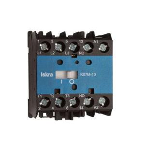 Kontaktor för styrning > 400 VAC-laster – 24 VDC eller 230 VAC